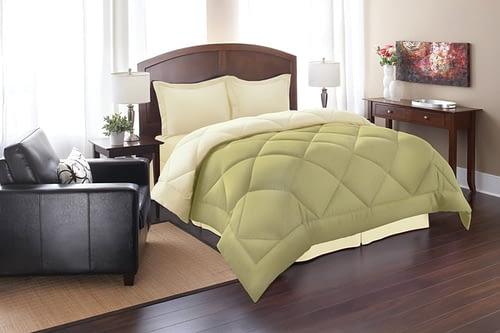 Elegant Comfort All Season Goose Down Alternative Reversible 3-Piece Comforter Set
