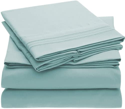 Queen Mellanni Baby Blue Microfiber 1800 Thread Count, Bed Sheet Set(1 Flat Sheet, 1 Fitted Sheet, 2 Pillowcases)
