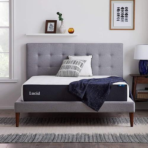 LUCID 10 Inch 2020 Gel Memory Foam Mattress - Medium Plush Feel - CertiPUR-US Certified - Hypoallergenic Bamboo Charcoal, Queen